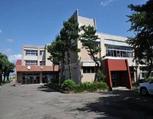 青森市立横内小学校